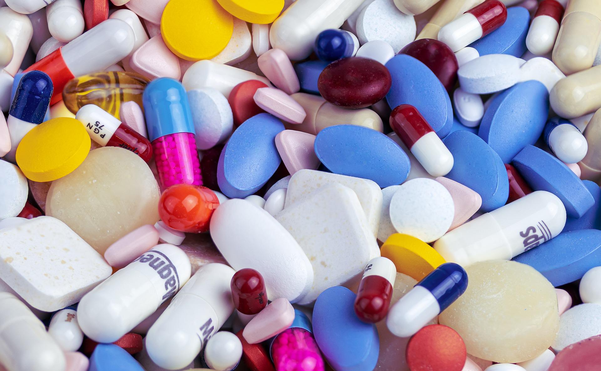 drug-4938120_1920